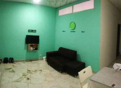 Male Muslim Room at BANDAR SUNWAY near Sunway GEO & MEDICAL CENTER