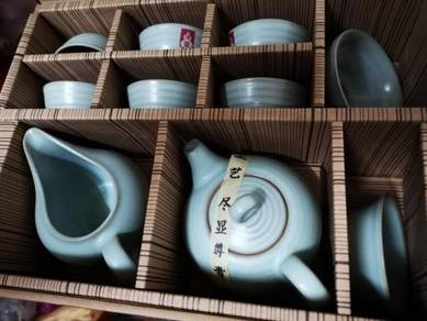 Turquoise Glaze Teaset Phuer Teapot and Cup