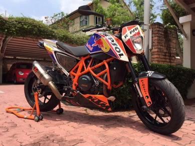 2015 KTM 690R Evo kit