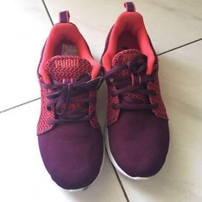 PUMA pink sport shoes