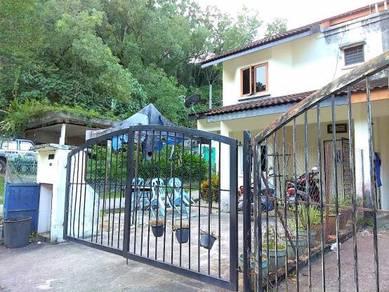 AMAZING ENVIRONMENT END LOT 2 Storey Bukit Permai Ampang FOR SALE