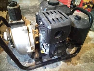 Briggs & Stratton Petrol Water Pump 2inch