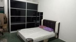 Offer. Bedroom set satu almari 8/8 satu katil and