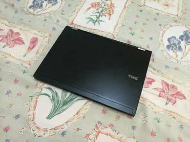 Dell LATITUDE 14 Inch Nice Laptop