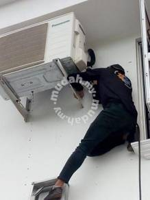 Aircond Service Specialist