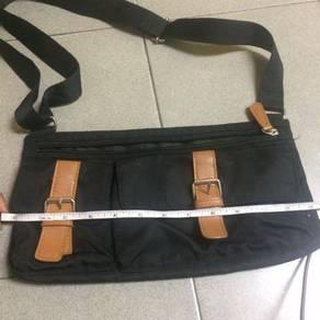 Unbrand sling bag