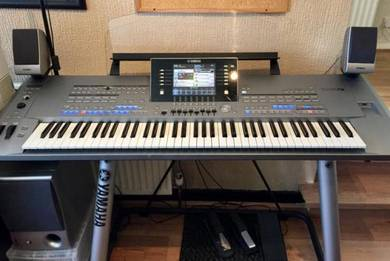 Yamaha Tyros 5-76 With TRS-MS05 Speakers Excellen