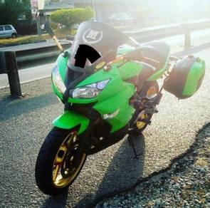 Kawasaki ER6-F