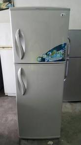 Peti Sejuk Refrigerator Fridge Freezer Ais Ice LG