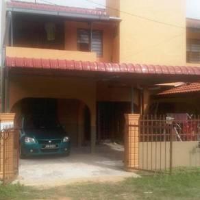 Rumah Di Taman Sri Delima, Gong Badak, K.terengganu