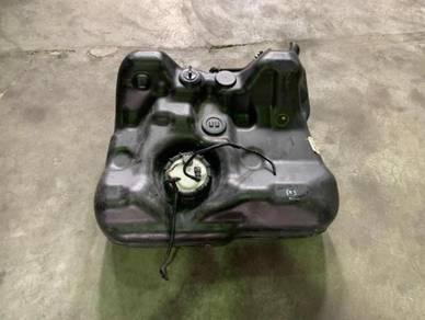 Honda dc5 type r petrol tank
