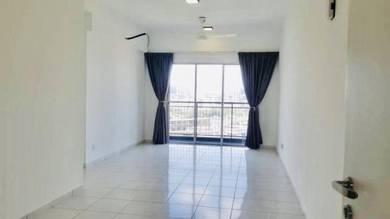 D'Nuri Brand New Apartment Near GIANT Desa Petaling
