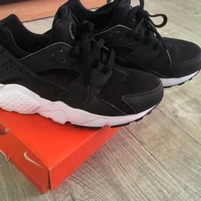 Nike HUARACHE 💯