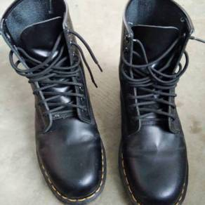 Boot Scorpion