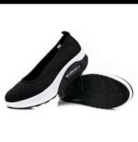 Women walking athletic sneakers breathable
