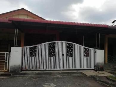Single Storey Terrace Bandar Puteri Jaya For Sale