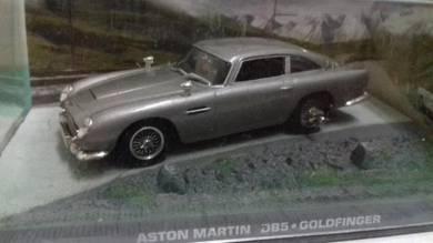 James bond 007 - Aston Martin DB5 Goldfinger