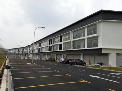 Freehold Completed 3 Storey with CCC. Shah Alam