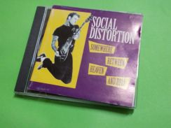 CD SOCIAL DISTORTION: Somewhere Between. Album