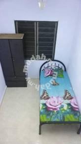 Bilik sewa gelang patah nearby nusajaya, singapore fully furnish