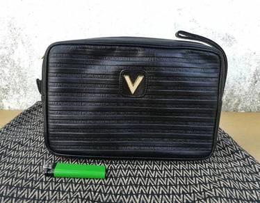 Vtg MARIO VALENTINO clutch like new kueii