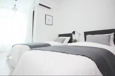 Dr Shaz Summer House - Double Storey Cornerlot Fully Furnish for RENT