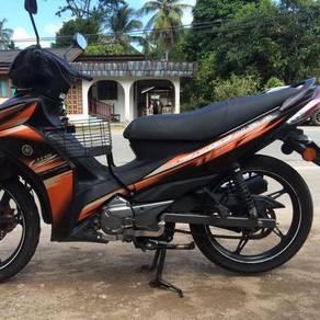 2014 Yamaha lagenda 115z starter enjintion