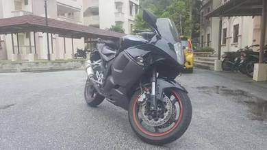 Pre-Owned Kawasaki KLE 500 for sale