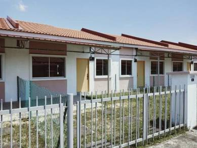 New 1st House Below Market Value Zero Downpayment At Balok Baru