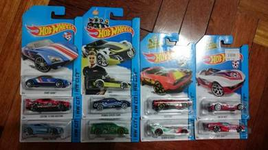 Hotwheels FIFA World Cup cars not Tomica