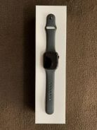 Apple Watch series 4 gps with box and warranty