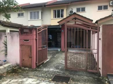 INDIVIDU TITLE READY Renovate Double Storey House LEP 3 Seri Kembangan