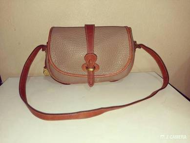 Sling Bag All Weather Leather Dooney & Bourke