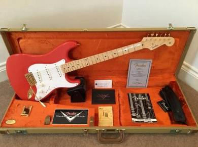 Fender - Fiesta Red
