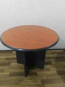 Round Discussion Table / Meja Diskusi Bulat