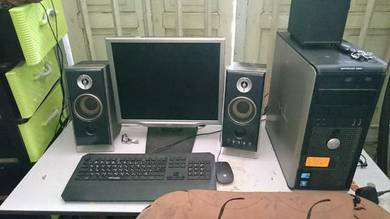 Komputer Dell satu set