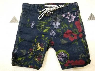Quiksilver Street Trunk Scallop shorts - 5Y
