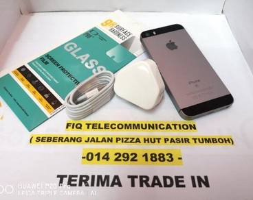IPHONE -SE- 16GB GREY
