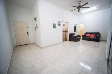 [Ground Floor Corner Unit - Block D] Bangi Idaman Apartment, Seksyen 5