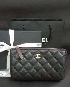 Chanel Pouch Caviar GHW