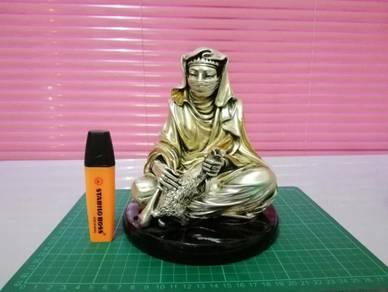 Patung PAHLAWAN Classic Figurine 3