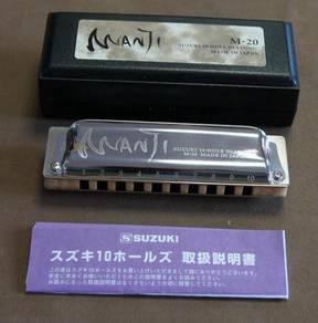 Suzuki M-20 Manji Professional Harp Harmonica