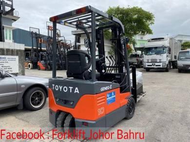 TOYOTA Battery Forklift - 3 Wheeler - 7FBE10 Recon