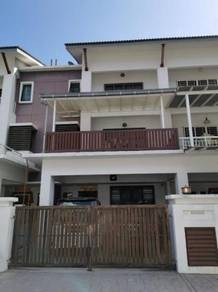 (FREEHOLD 2.5sty Move in Renovated, Gated) Meranti Jaya Puchong