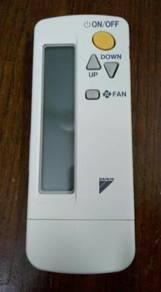 Daikin aircond remote BRC4C154 original