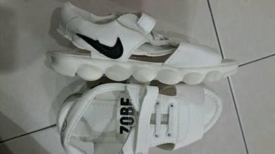 Sandal bdk