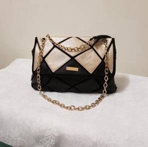 VINCCI handbag in good condition