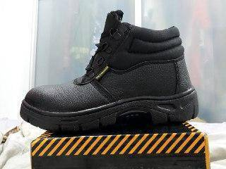 Gold hammer safety boot