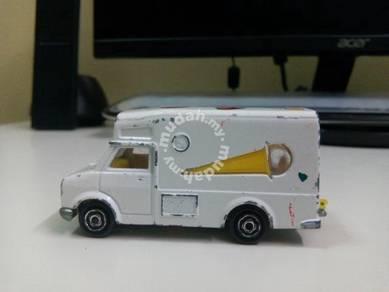 Vintage Majorette Fourgon van