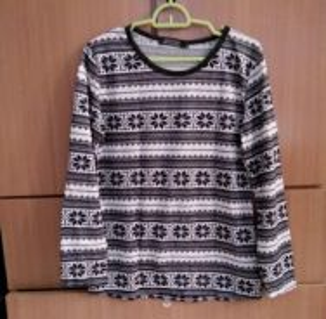 Women stripe knitted blouse tshirt black white